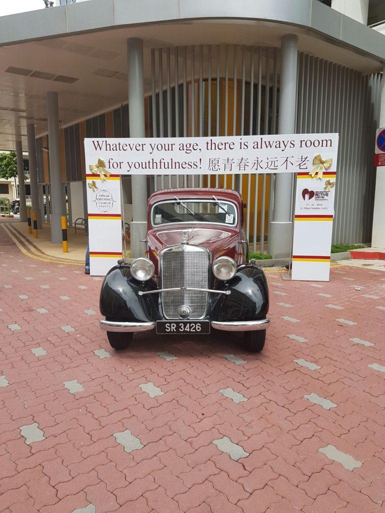 vintage-car-mercedes-p170v